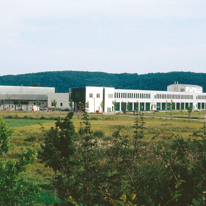 plm Firmengebäude